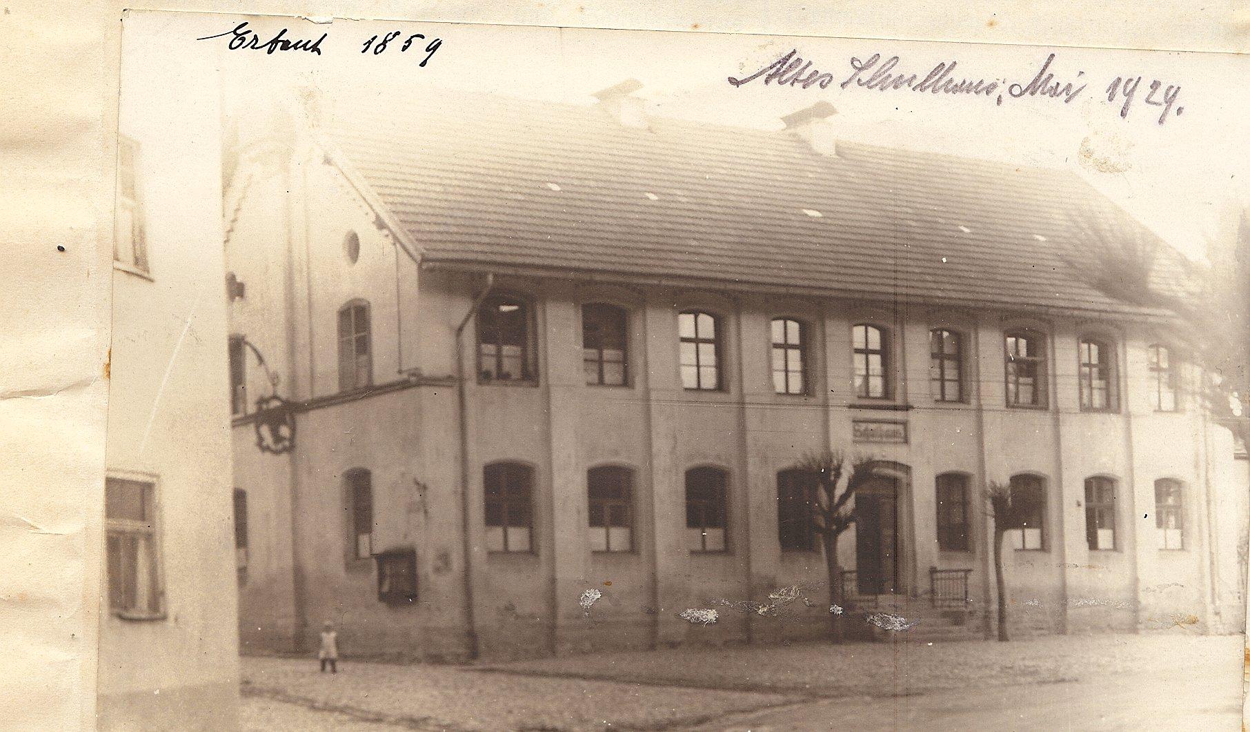 1 Schulhaus 1859
