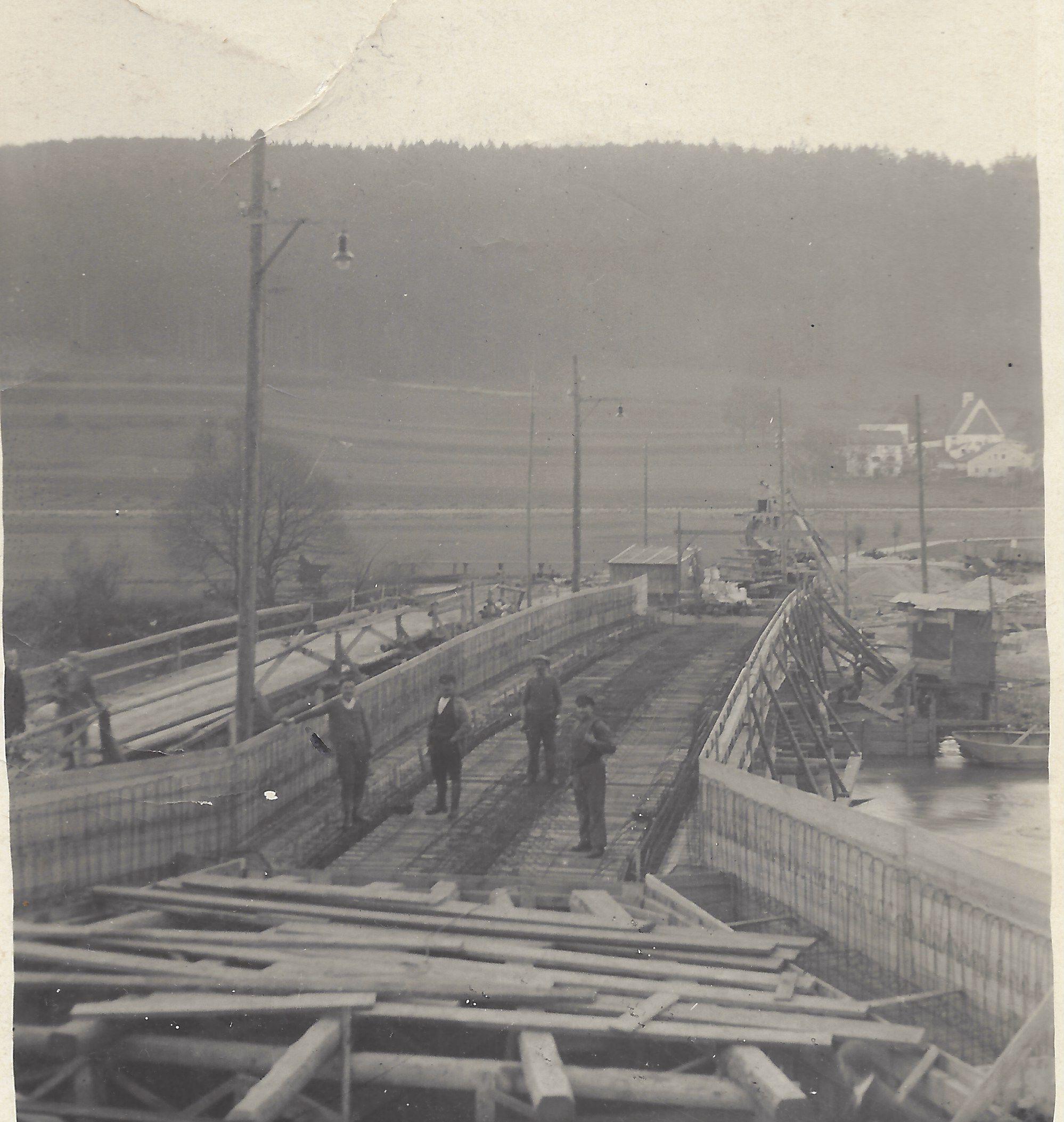 11 Hell Brücke Grösdorf