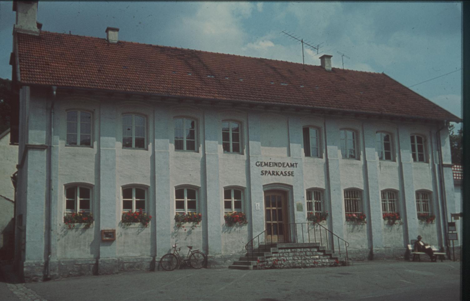 15 Gemeindeamt